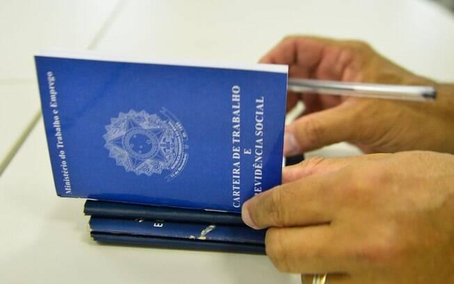 As novidades apresentadas pelo presidente Jair Bolsonaro na Medida Provisória 905 criou o programa Emprego Verde Amarelo