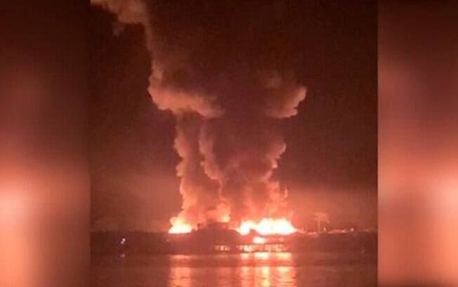 Incêndio atingiu ponto de venda de combustível e, por isso, fogo se alastrou rápido