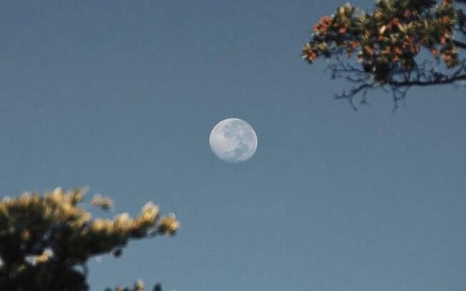 Entenda mais sobre seu signo Lunar e como ele influencia nas suas emoções