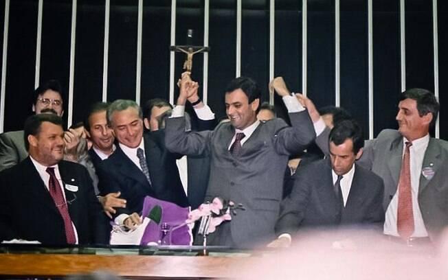 Aécio Neves eleito presidente da Câmara