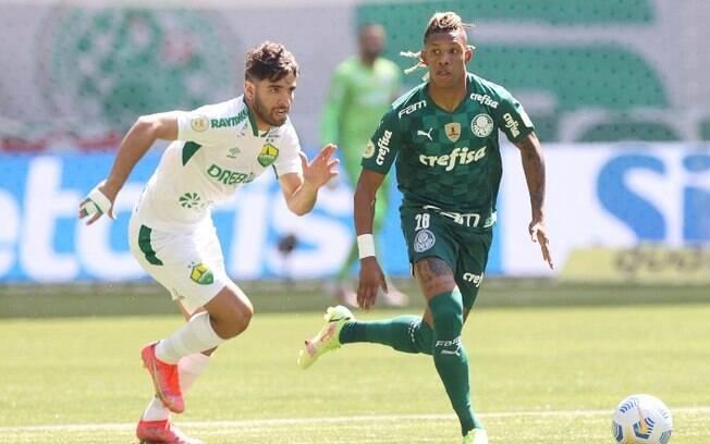 Palmeiras é surpreendido em e casa e perde para o Cuiabá por 2 a 0