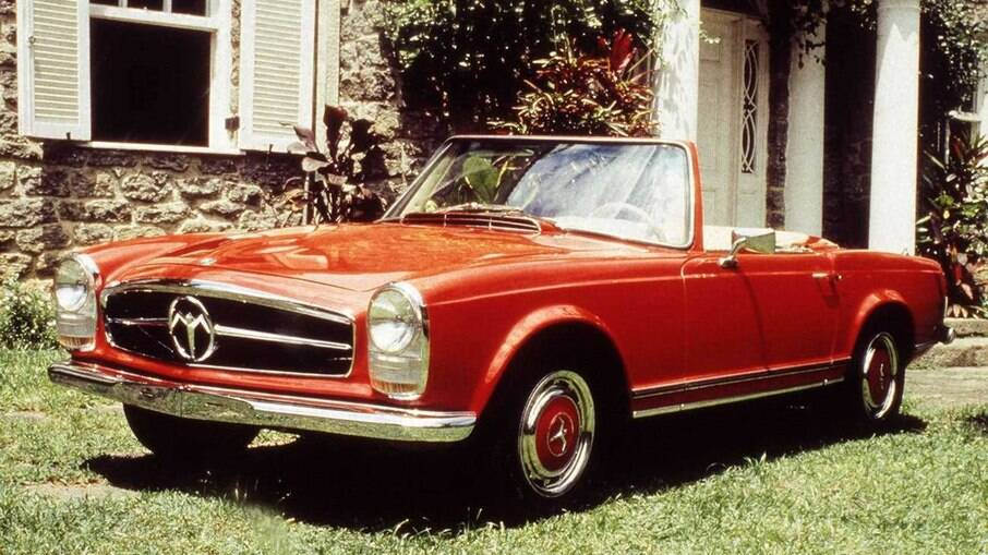 Phoenix com motor GM é uma perfeita réplica do Mercedes 280 SL, também conhecido domo