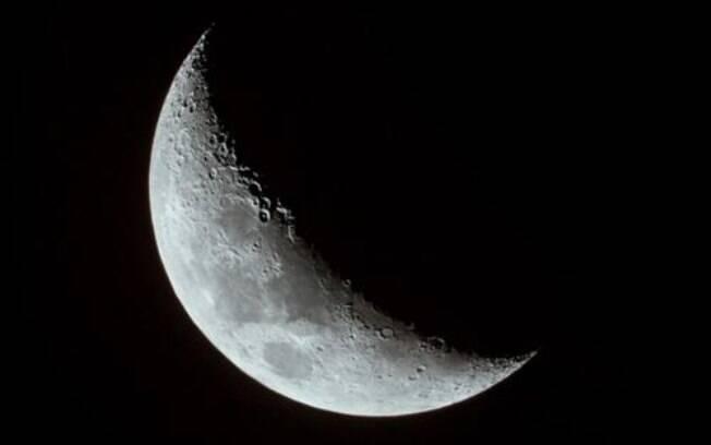 Lua Crescente no signo de Leão