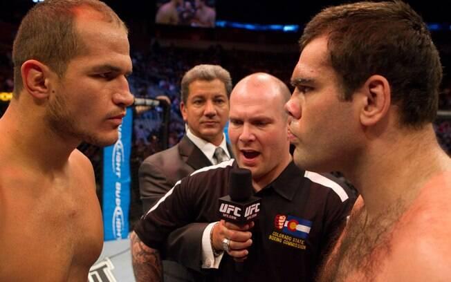 Já respeitado pelo grande público, Cigano  encarou Gabriel Napão em sua 4ª luta no UFC