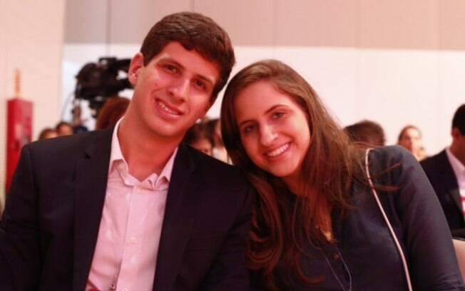 João e Maria Eduarda Campos representaram a família do ex-governador de PE no evento