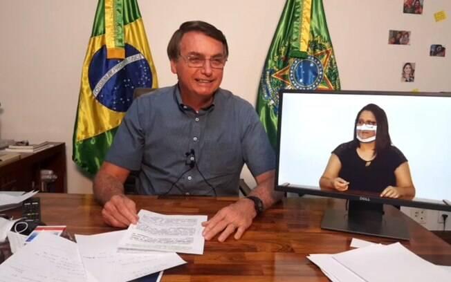 Presidente Jair Bolsonaro em live
