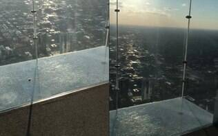 Turistas ficam assustados após vidro rachar em atração mais alta de Chicago