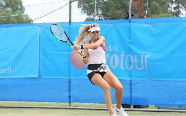 Katie Boulter é uma tenista de apenas 20 anos de idade e que promete dar o que falar no circuito