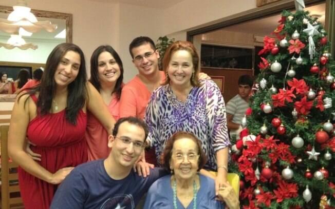 Claudia Jimenez e família
