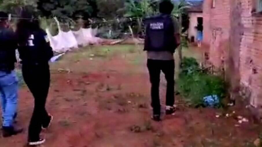 Polícia indo até o local denunciado