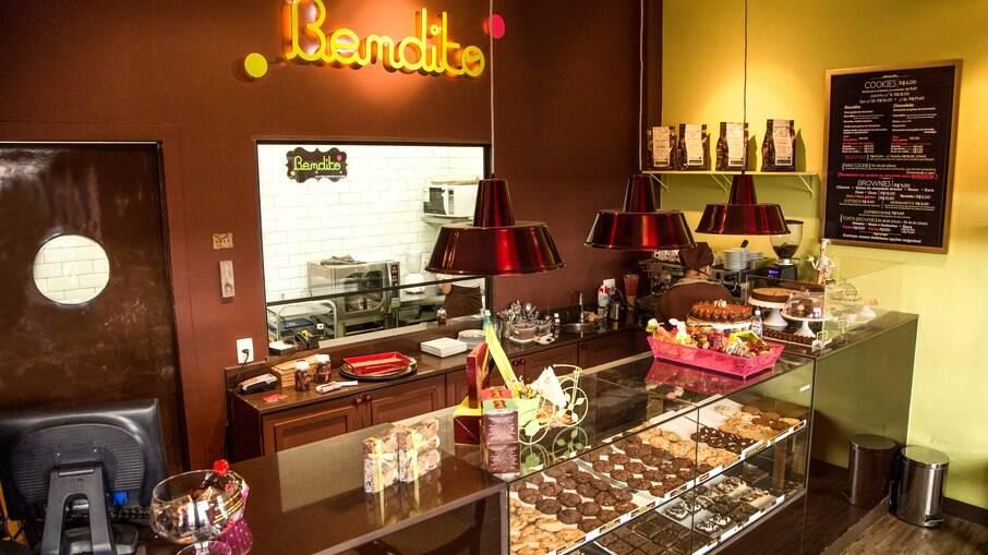 Conheça a história do Bendito, fundado por empreendedora que deixou o mundo coorporativo e se descobriu na confeitaria