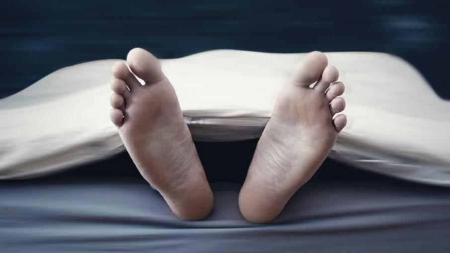 O homem foi declarados como morto pelos médicos