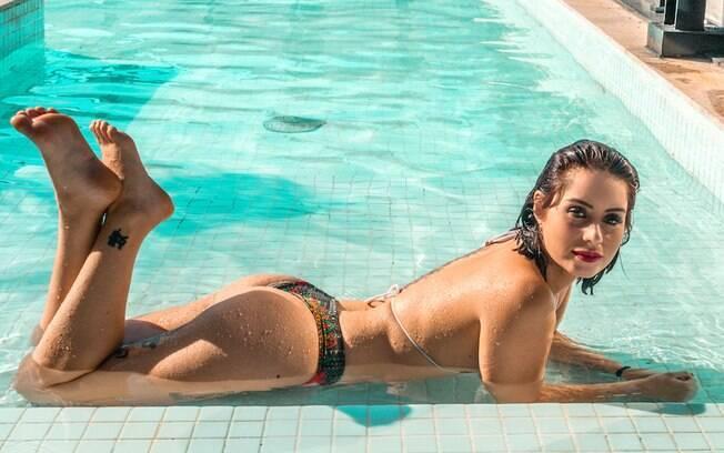 Larissa Maxine posa para a revista Sexy