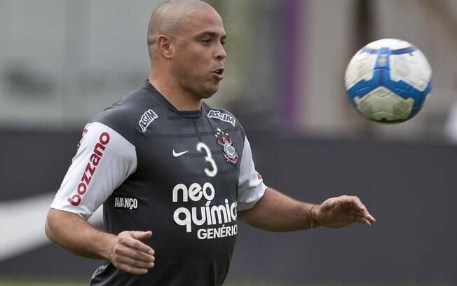 Ronaldo voltou a jogar um bom futebol e virou  ídolo do Corinthians