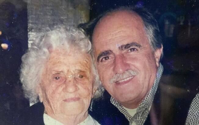 Ary Fontoura e a mãe, Estelita
