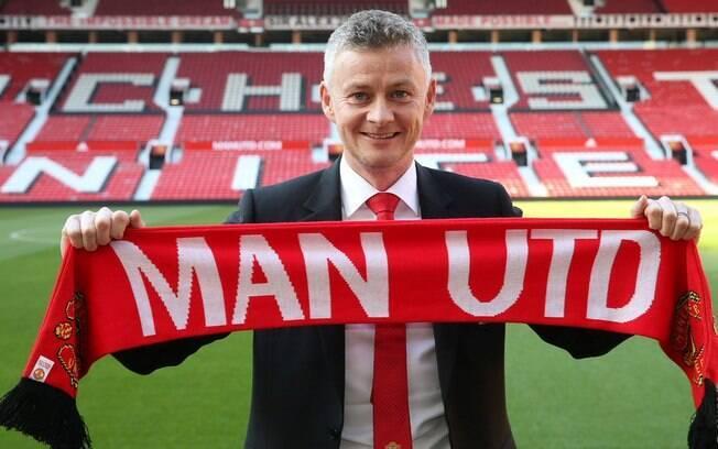 Ole Gunnar Solskaer assinou por três anos com o Manchester United