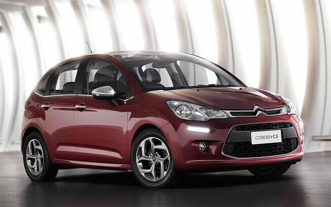 O Citroën C3 finalmente dá adeus ao câmbio de quatro marchas e recebe a transmissão de seis velocidades, por R$ 58.540