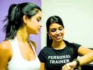 Profissionais.  Juliana Wardi  (dir.)  conta com equipe multidisciplinar, que envolve nutricionistas, psicólogos e educadores físicos