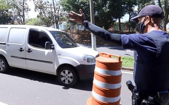 Mais de mil veículos foram abordados nas barreiras sanitárias em Campinas