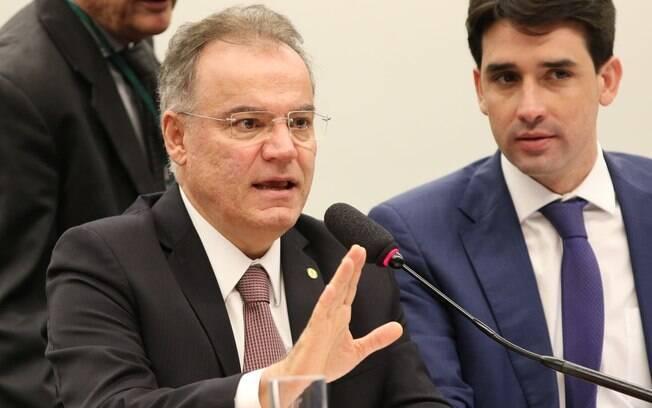 Samuel Moreira (PSDB) afirmou que é possível fazer complementações ao parecer sobre a reforma da Previdência