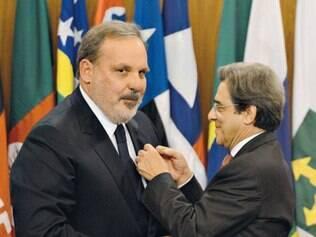 Armando Monteiro recebeu o cargo do antecessor Mauro Borges