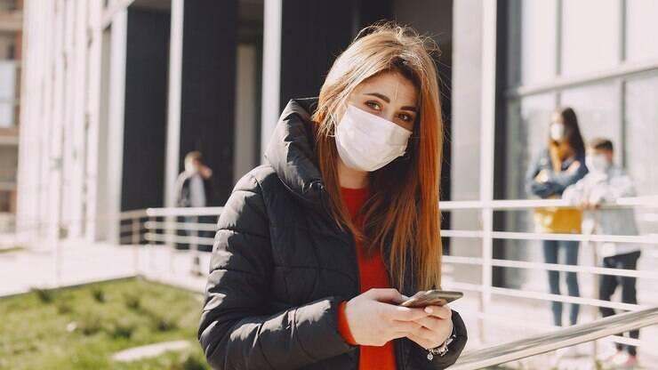 Perda de olfato causada pela Covid-19 pode durar até dois meses – iG Saúde