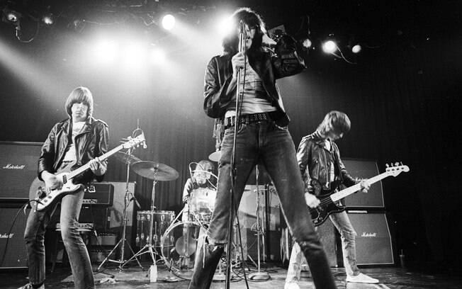 Os Ramones durante apresentação no final dos anos 1970