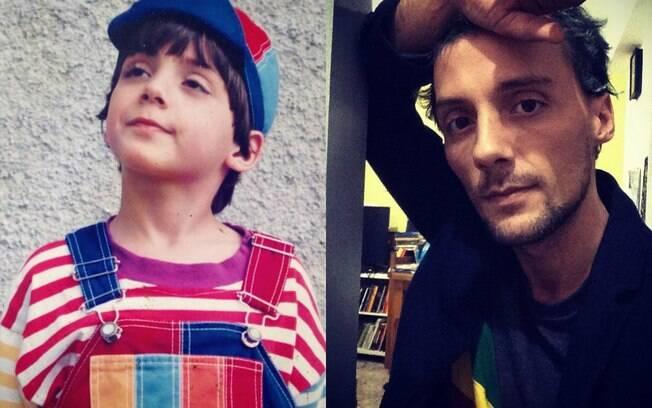 Da esquerda para direita%3A Fredy Állan caracterizado como Zequinha e o ator nos dias atuais