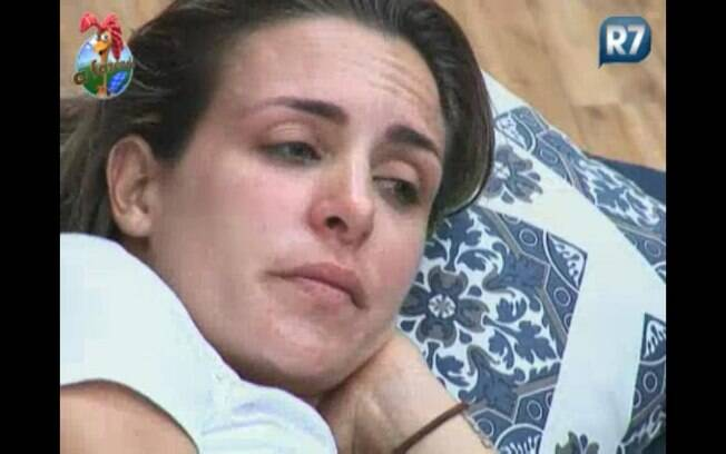 Joana chora ao lembrar dos filhos