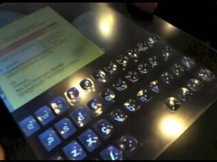 Nova tecnologia permite sensação tátil ao digitar em telas sensíveis ao toque
