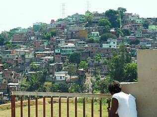 Eficiência. Programa Fica Vivo reduz mortes de jovens em favelas, diz governo
