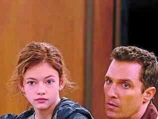 Melodrama McConaughey é um pai obrigado a deixar os filhos para ir a missão
