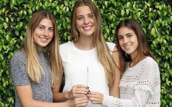 Canudo criado por estudantes fica azul ao detectar drogas em bebida