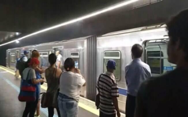 Fumaça assustou passageiros no Metrô de São Paulo