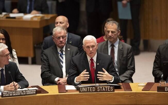 Mike Pence pediu que a ONU reconheça Guaidó como presidente da Venezuela