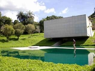 Em Brumadinho, o Instituto Inhotim reserva o melhor da arte contemporânea
