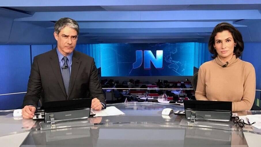 Os apresentadores do Jornal Nacional se emocionaram