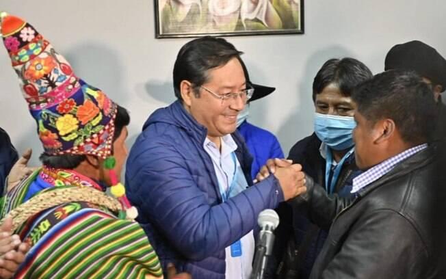 Com mais de 55% dos votos, Luis Arce foi proclamado novo presidente da Bolívia