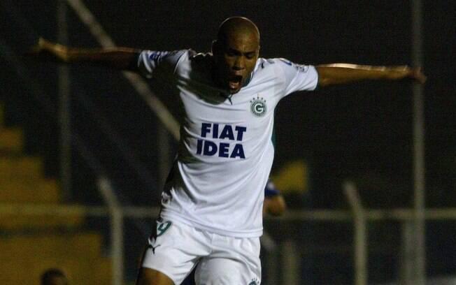 Souza foi o artilheiro em 2006 com 17 gols, atuando pelo Goiás