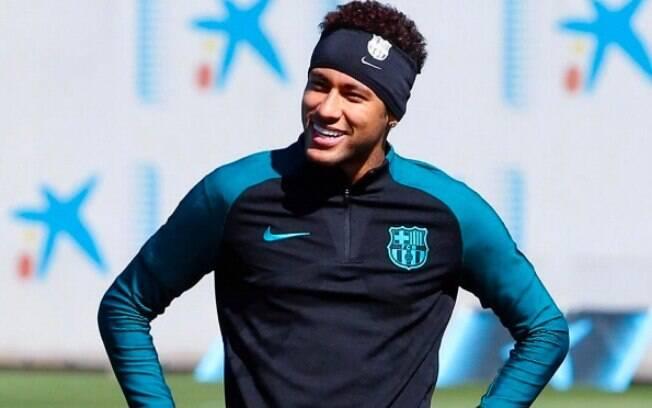 Neymar é pretendido pelo Manchester United, que está disposto a pagar uma fortuna pelo atleta