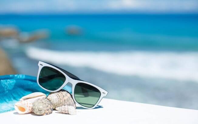 A estimativa é de que a validade de filtros UV dos óculos dure dois anos%2C a depender da exposição e radiação