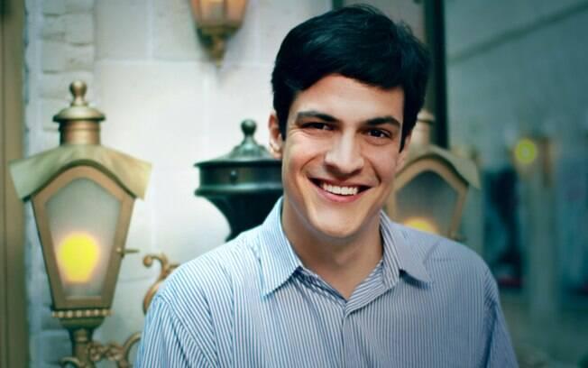 Mateus Solano comentou sobre cenas gays no filme