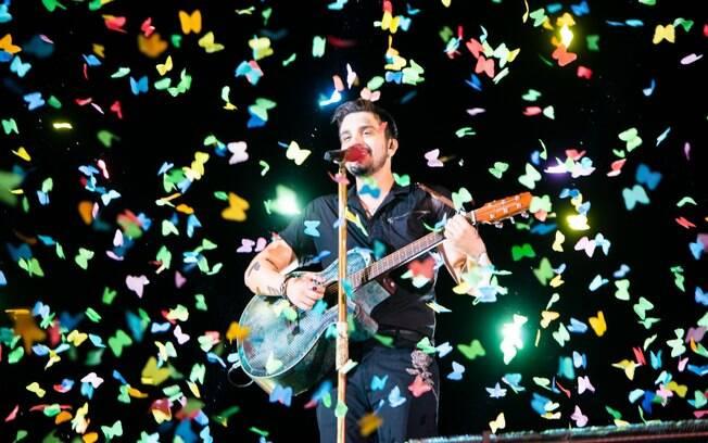 Luan Santana grava seu DVD em Salvador
