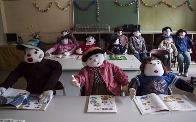 Os bonecos feitos por Tsukimi são uma linda homenagem, mas podem ser percebidos como assustadoramente sombrios