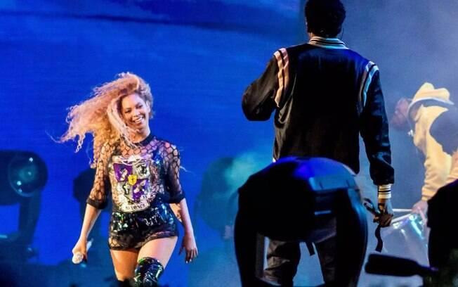 Beyoncé e Jay-Z durante o show dela no Coachella 2018
