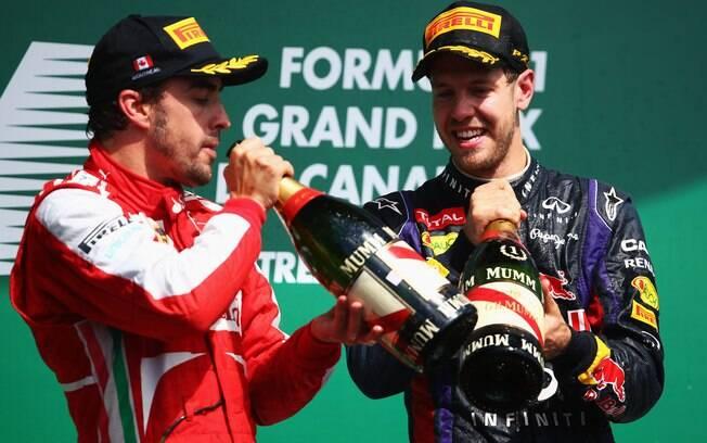 Alonso  espanhol aparece como um dos possíveis companheiros de Vettel na  Red Bull em 2014 72549379fc2