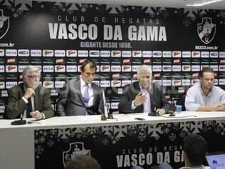 Diretoria do Vasco quer que duelo com o Flamengo, realizado neste domingo, seja anulado por conta de gol irregular