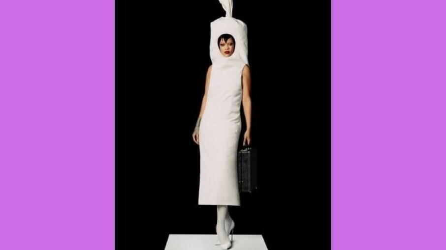 Rihanna fez um ensaio de moda e virou meme