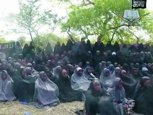 Esperança.  Mais de 200 estudantes sequestradas em abril pelo grupo Boko Haram podem ser libertadas, segundo o governo nigeriano