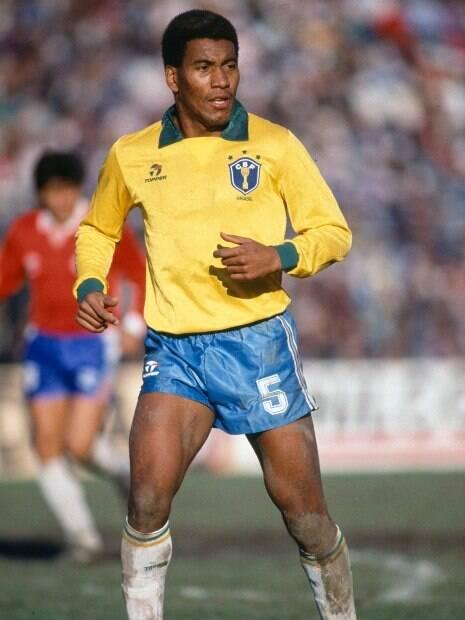 Mauro Silva na Copa América de 1989 no jogo do Brasil 2 X 0 Chile